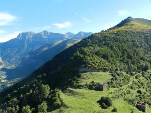 Parque Nacional Ordesa al fondo